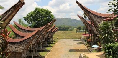 Sulavezi Tana Toraja: Nenavaden pogrebni obred