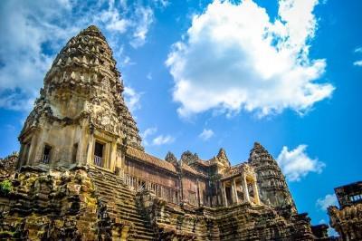 KAMBODŽA! Povratna letalska karta iz Benetk v Phnom Phen že za 354 eur!