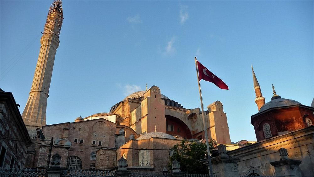 BOŽIČNI ALI NOVOLETNI ISTANBUL IZ LJUBLJANE! 3-4 nočitve v Istanbulu (letalo + hotel z zajtrkom v središču mesta) že od 157 eur!
