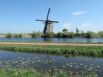 POLETNI POTEP PO NIZOZEMSKI! Povratna letalska karta iz Benetk v Rotterdam + 7 dni avtorent že za 156 eur!