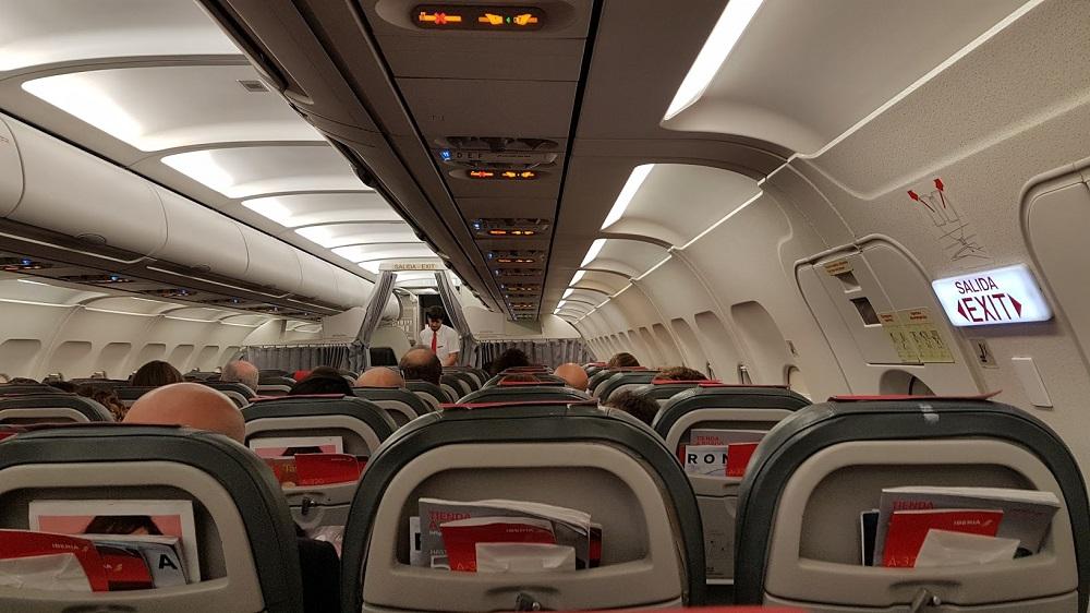 Kaj storiti, da se ne boste tudi vi znašli v kategoriji neprijetni letalski potniki?