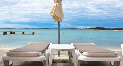 Oddih na hrvaški obali v apartmajih: 3 noči z zajtrkom za 2 osebi … že od 135 eur!