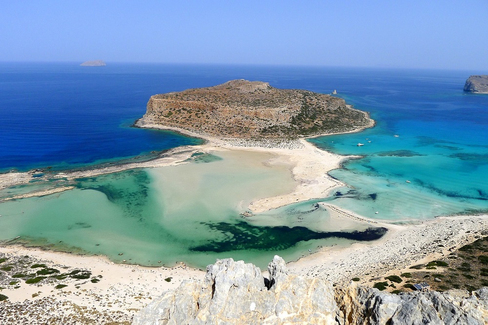 POMLADNI VIKEND SKOK NA KRETO! 3 nočitve na otoku Kreta (Hanija) (letalo iz Benetk + studio) že za 101 eur