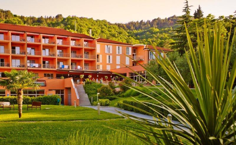 MORSKI ODDIH! 2 nočitvi s polpenzionom v Hotel Salinera že za 72 eur na osebo!